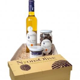 Pour Paula et Louis - Beaux parents gourmets un coffret Olive et Huile d'Olive AOP Nyons Made by Vignolis