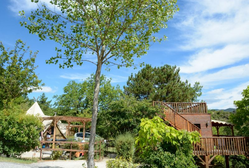 Camping les Bois du Chatelas à Bourdeaux - 4