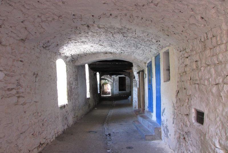 La Rue des Grands Forts à Nyons - 0