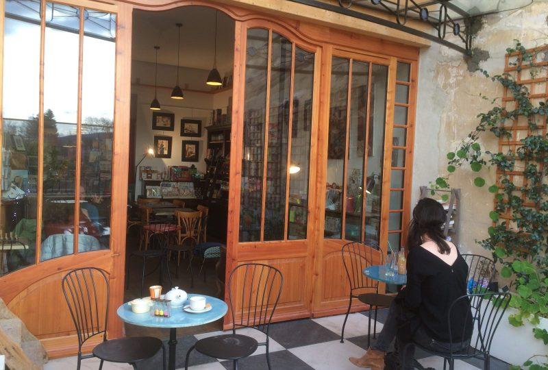 Salon de thé «Sauts et Gambades» à Dieulefit - 0
