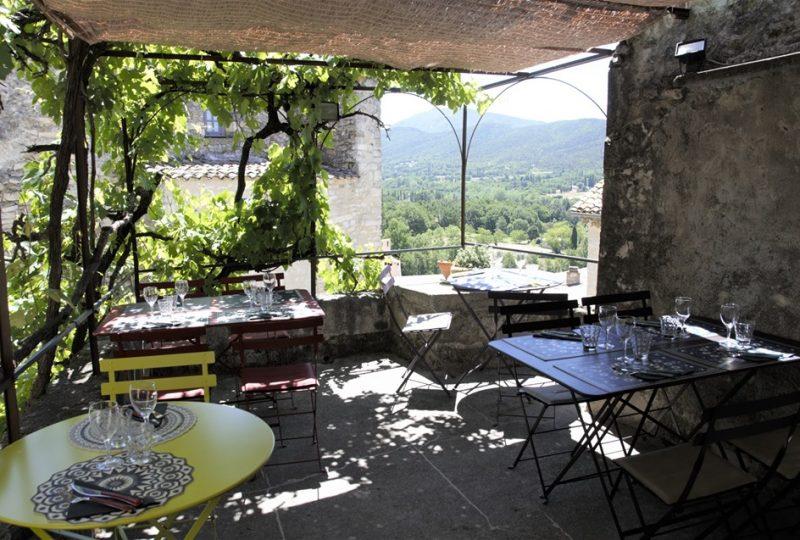 Restaurant Chez So à Le Poët-Laval - 1