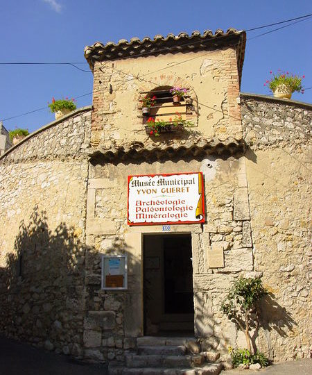 Musée municipal Yvon Gueret à Pierrelatte - 0