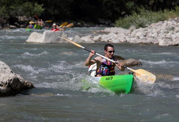 Canoë Kayak et mini raft avec Canoë Drôme à Saillans - 0